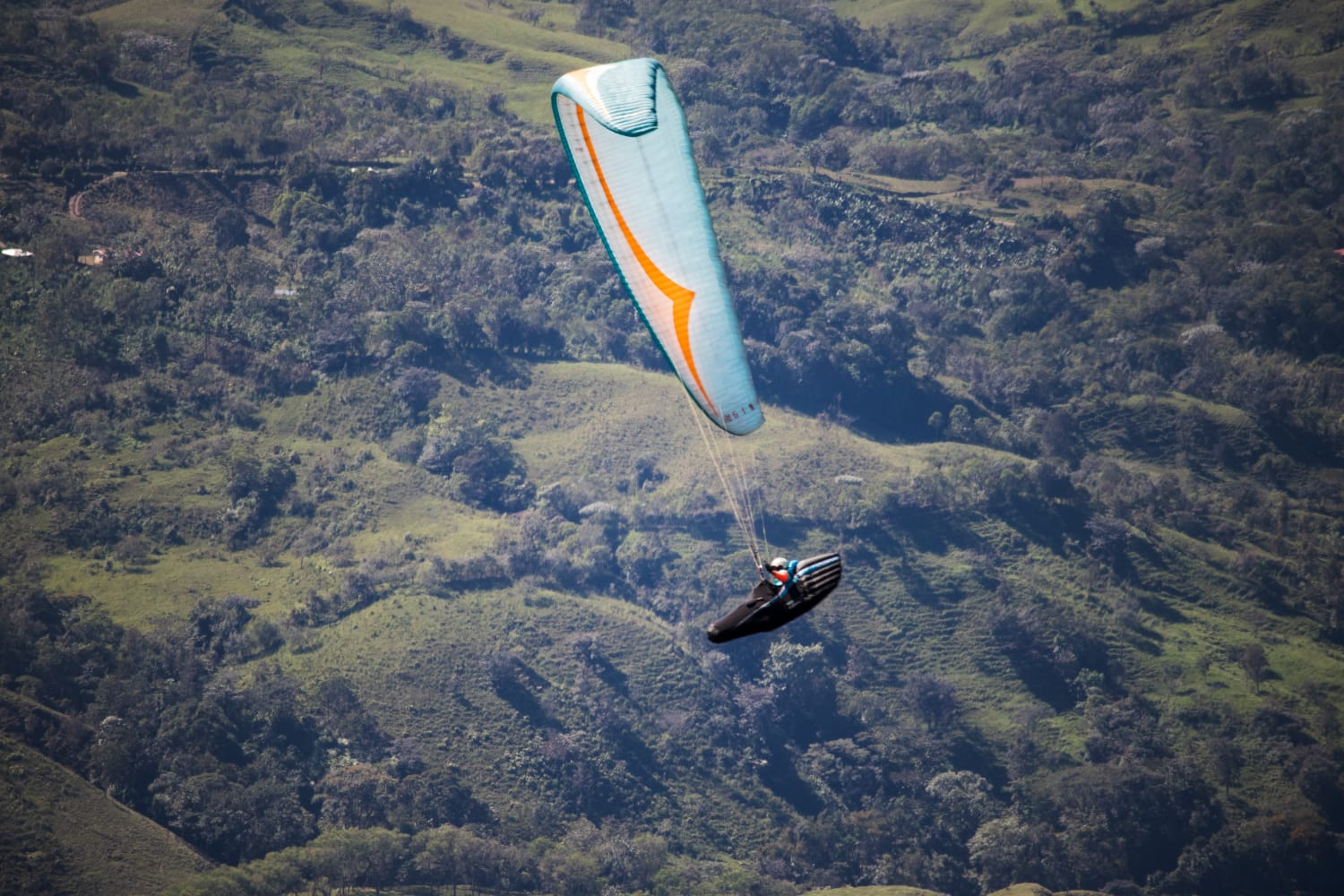 Career - Zion started paragliding in 2011 at the age of 15, since then he has matured into a professional tandem instructor, business owner and competition pilot