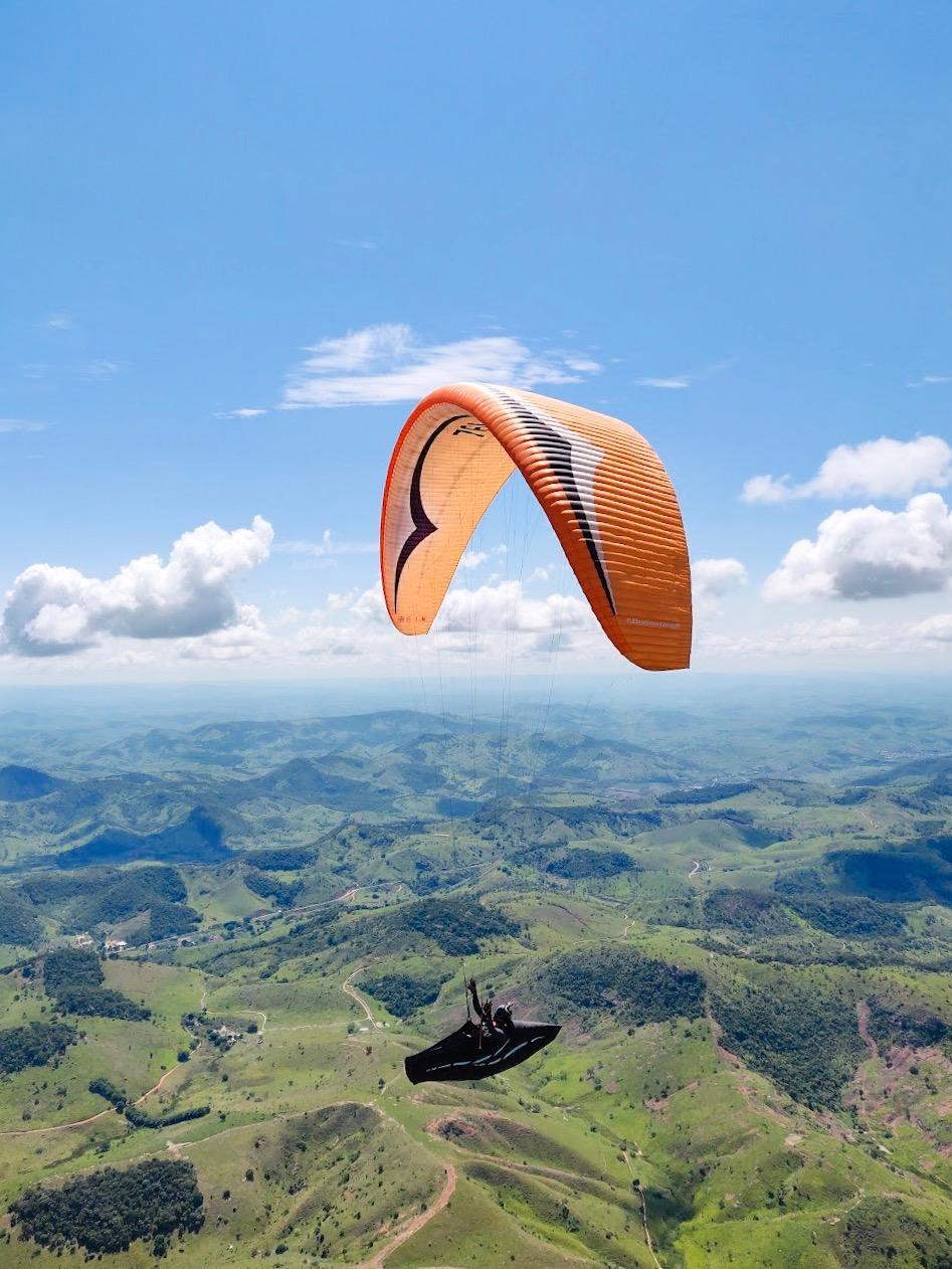 Paragliding in PWC in Valadares, Brazil.JPG