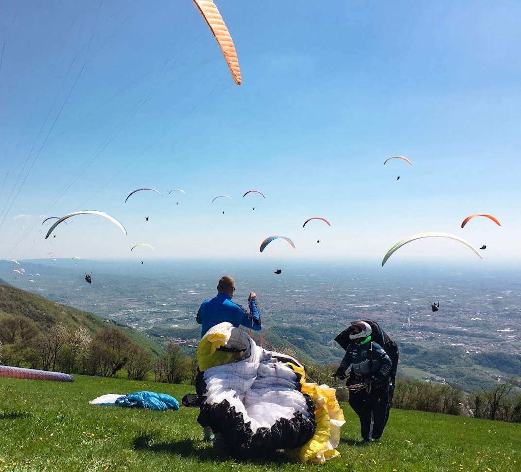 taking-off-monte-grappa-competition.jpg