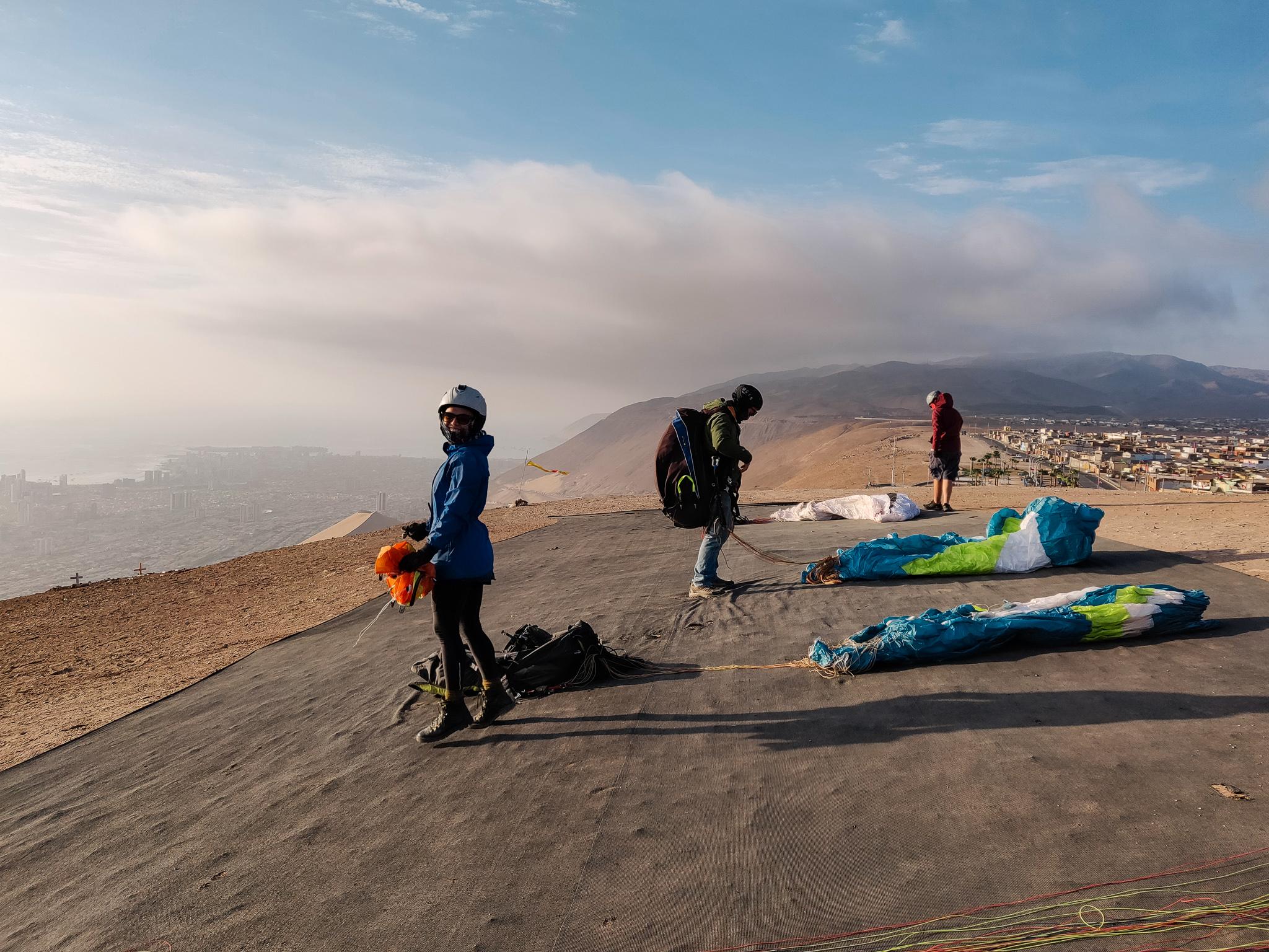 Iquique-paragliding-take-off-alto-hospicio.jpg