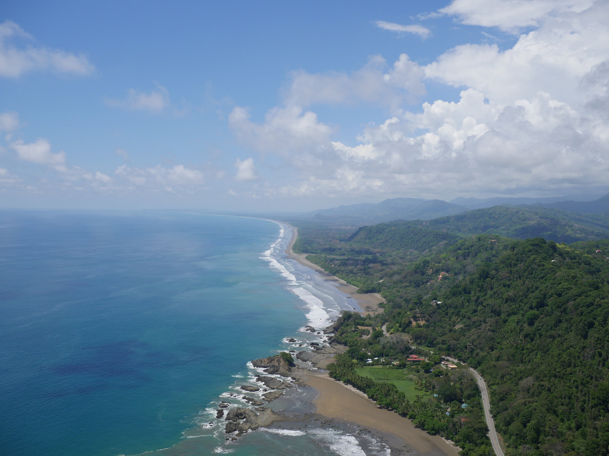 dominical-costa-rica-paragliding-site.jpg