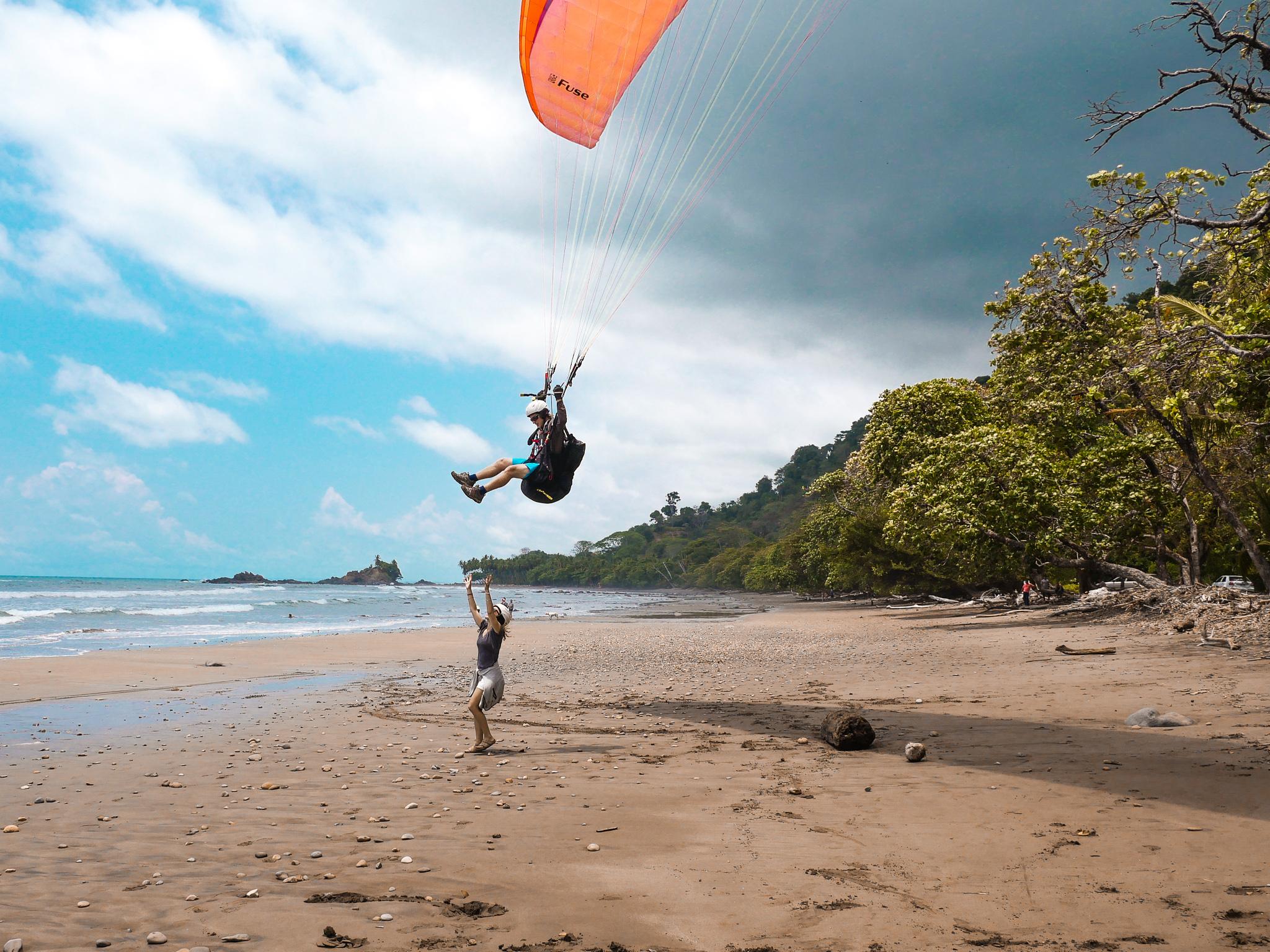 tandem-paraglide-dominical.jpg