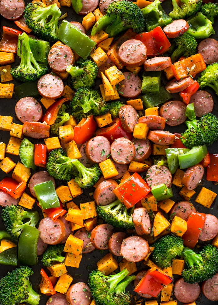 20-Minute-Healthy-Sheet-Pan-Sausage-and-Veggies-4.jpg