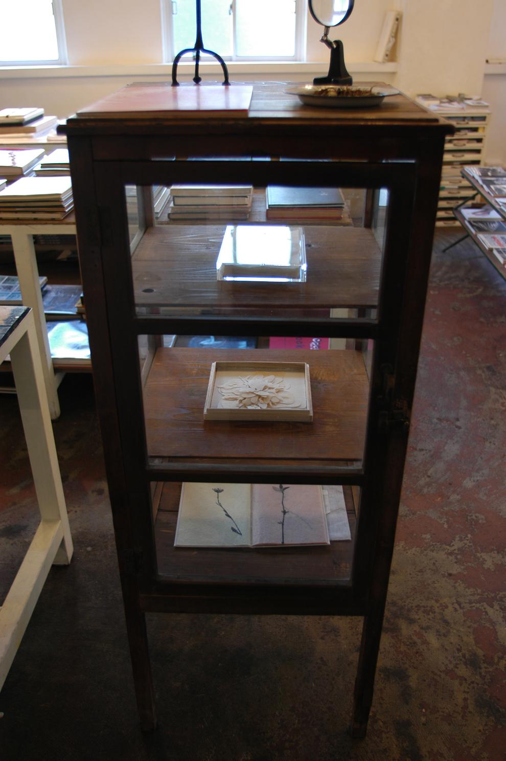 ADACHI Ryoko - book art, paper, display case