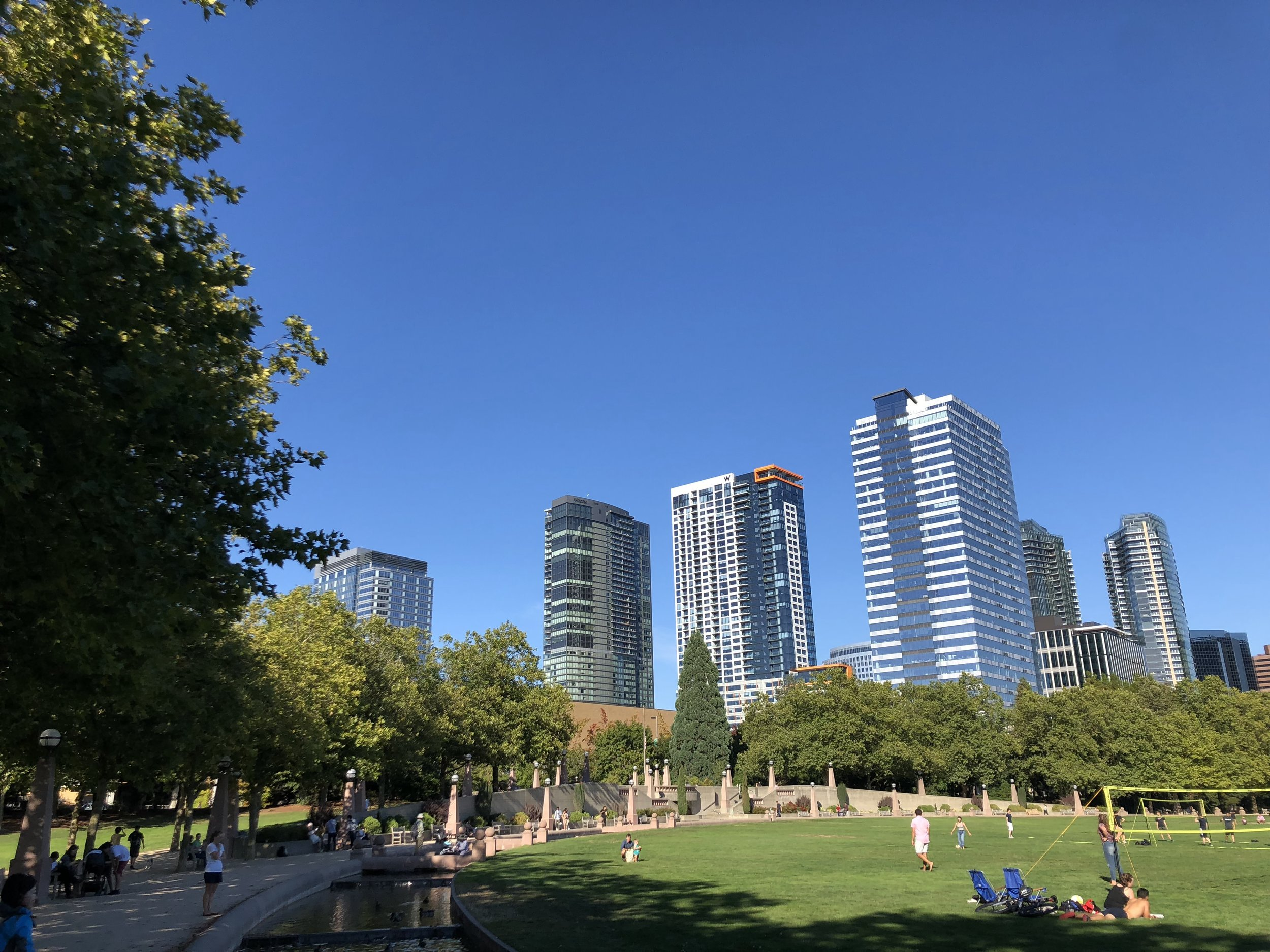 Outdoor Activities - Bellevue Park - Downtown Bellevue