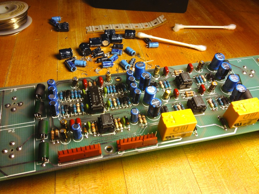 12-tailor-hits-dynamic-eq-io-board-finished.jpg