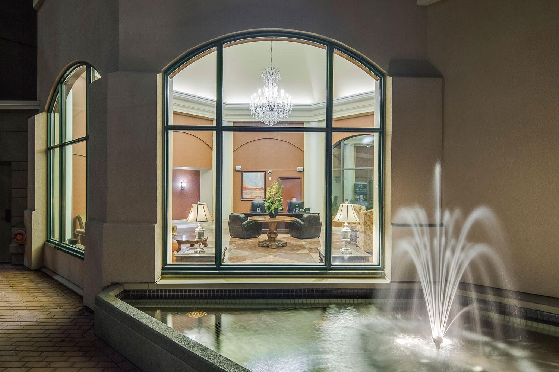 Royal-Kelowna-lobby-web.jpg