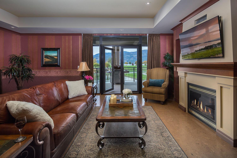 Royal-kelowna-3-bed-premium-living-room-web.jpg
