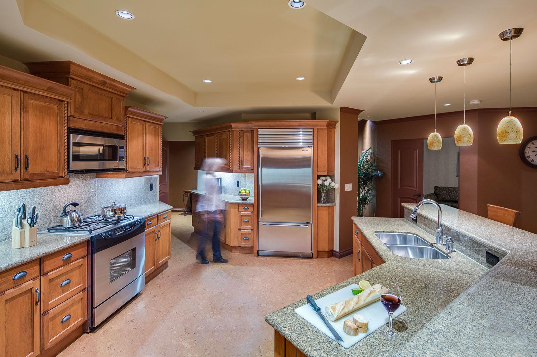 Royal-kelowna-three-bed-premium-kitchen-web.jpg