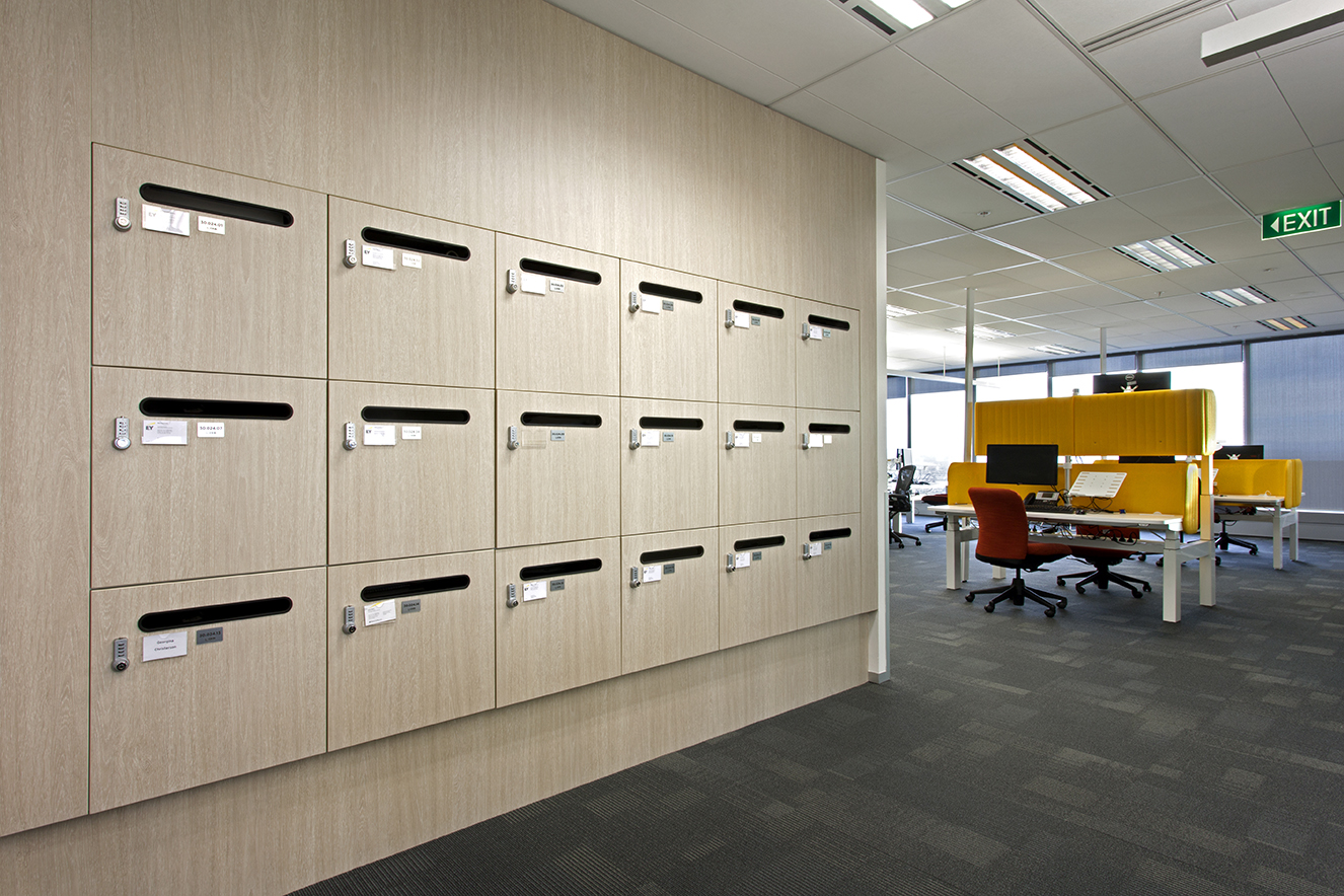 Ernst & Young office lockers by Lockin with mailchute