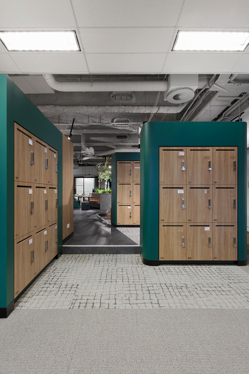 Locker pods with grain matched laminate