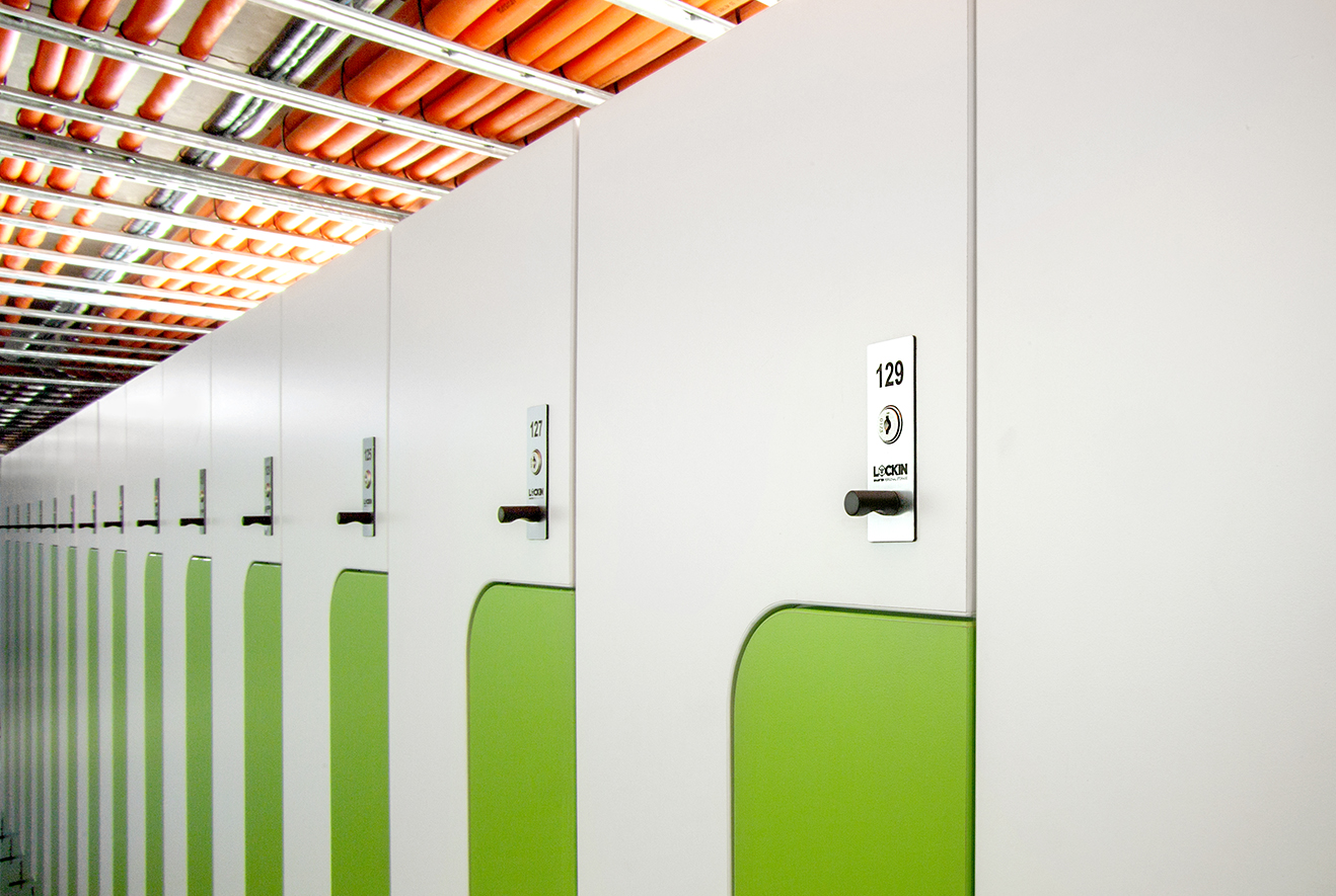 Key lock on change room lockers