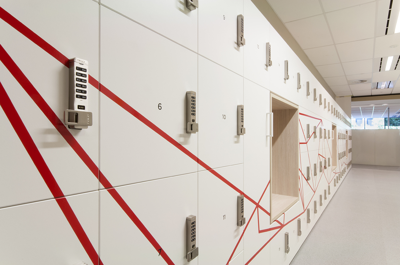 digital code locker locks on laminate lockers