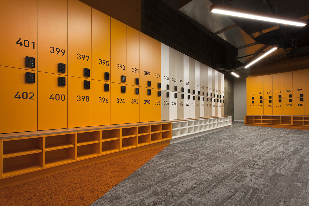 end of trip lockers with ojmar lock