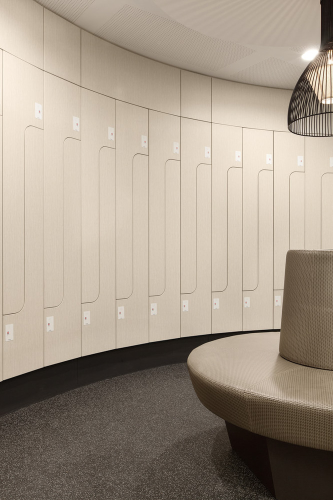 curved change room lockers with gantner rfid lock
