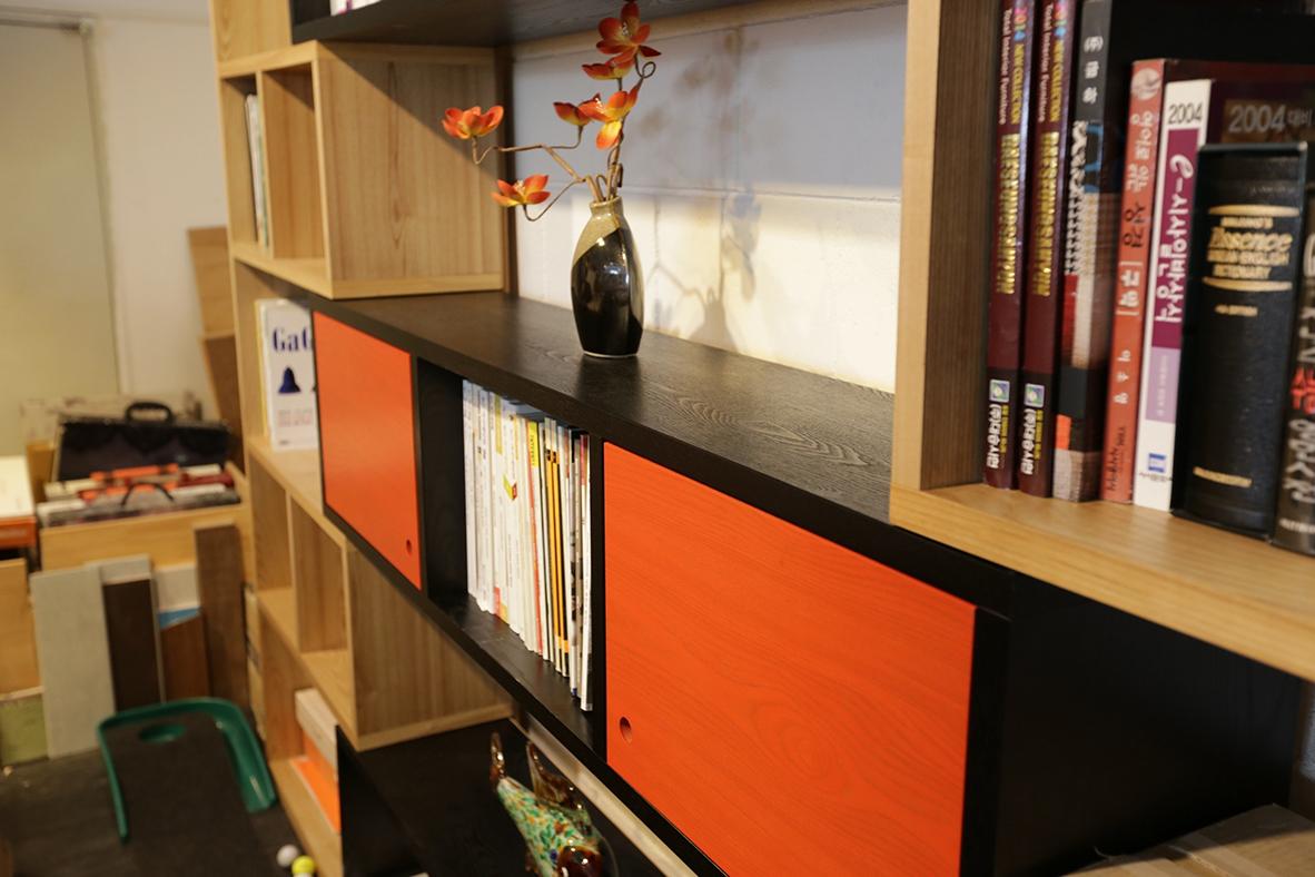 books-bookshelves-cabinet-276530 web.jpg
