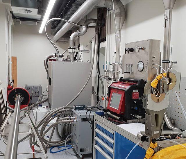 Back on the large bore tube with the #ami 8-4000 head 🤘 . . . #heliumrecovery #pipefitting #stainlesssteel #tigwelding #electropolished #tube #customfabrication #umech #orbitalwelding  #ultrahighpurity #asmeix