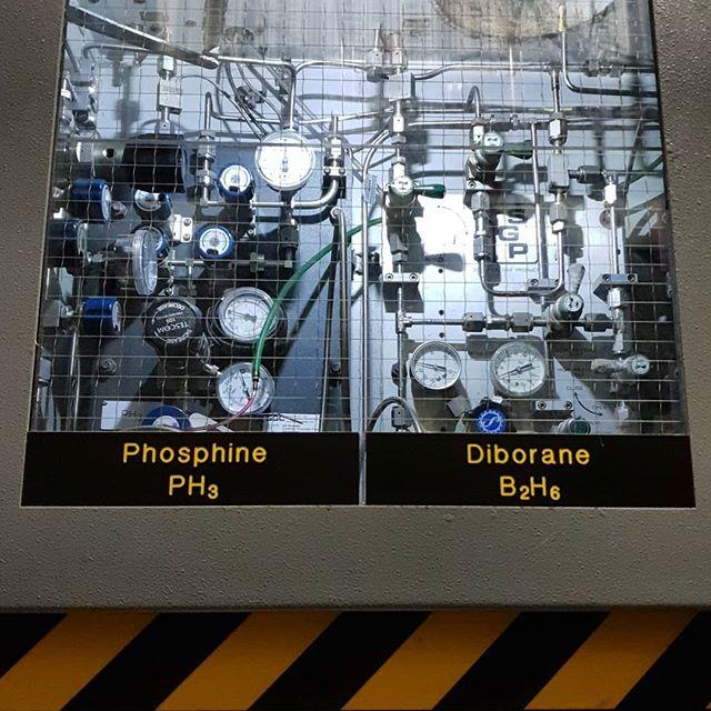 More of the good stuff today.👍🔥 . . . #orbitalwelding #pipefitting #ultrahighpurity #semiconductor #semiconductorphysics #processgas #toxicgas