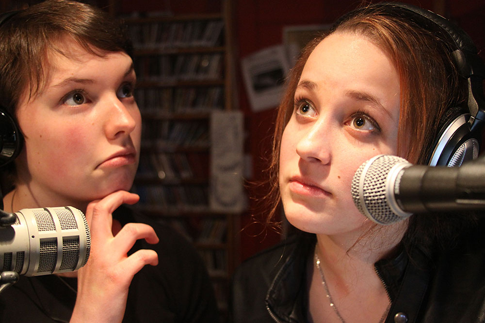 Essex High School students Dana Balkin and Saraphina Redalieu host a radio program on 105.9FM The Radiator, Big Heavy World's community radio station.