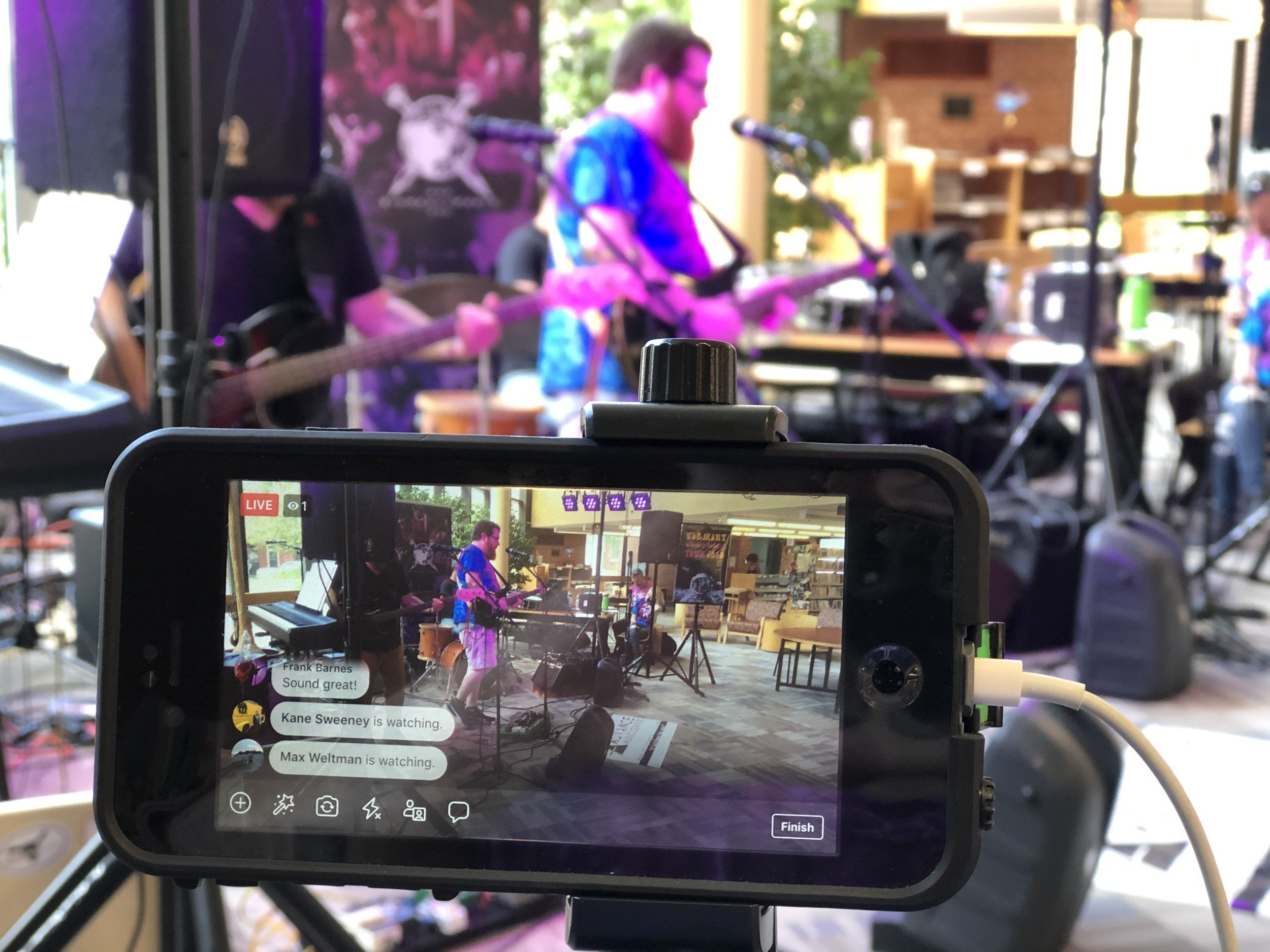 Big Heavy World livestream, featuring the band Beards and Glasses.