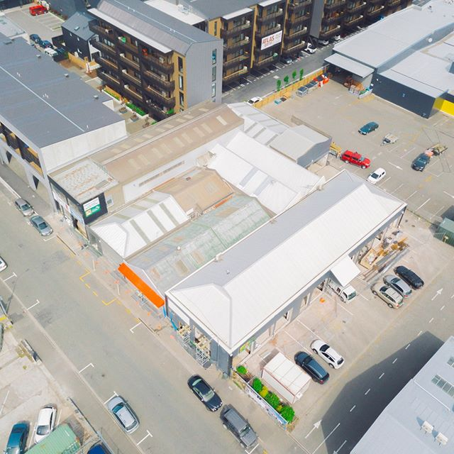 What an amazing group of people! 🙌 All surrounded by an amazing complex! 👌🔶🧡 #team #thewelder #thewelderchch #christchurch #boutique #drone #aerialphotography #dronephotography #cityscape