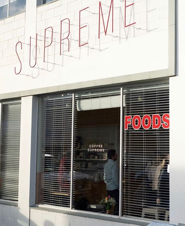 Starting our day the right way with another yummy addition to Welles Street- welcome back to one of our all time faves @SupremeSupreme ☕️☕️. Our energy levels are all the better since you've re-opened this week 👏👏