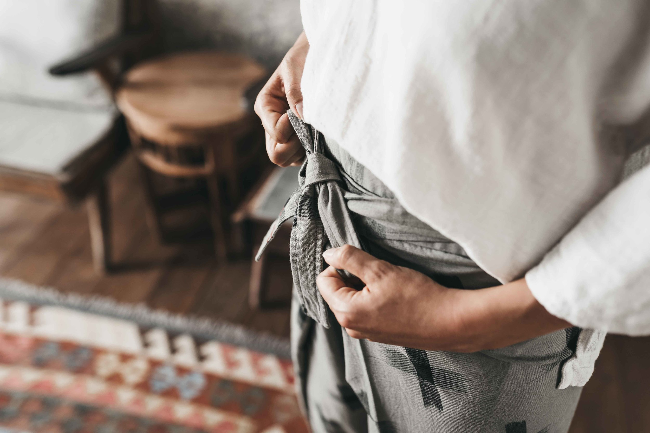 Keira-Mason-Matter-Prints-pants-bow.jpg