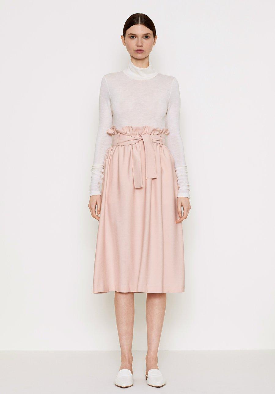 keiramason_ethicalworkwear_Viktoriawoods_skirt.jpg