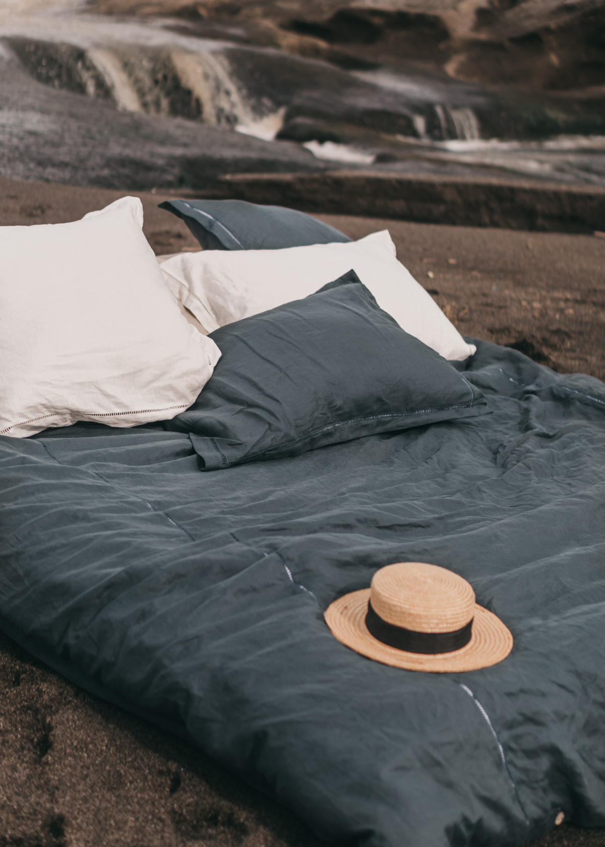 Keira-Mason-in-between-the-sheets-sleeping-beachside.jpg
