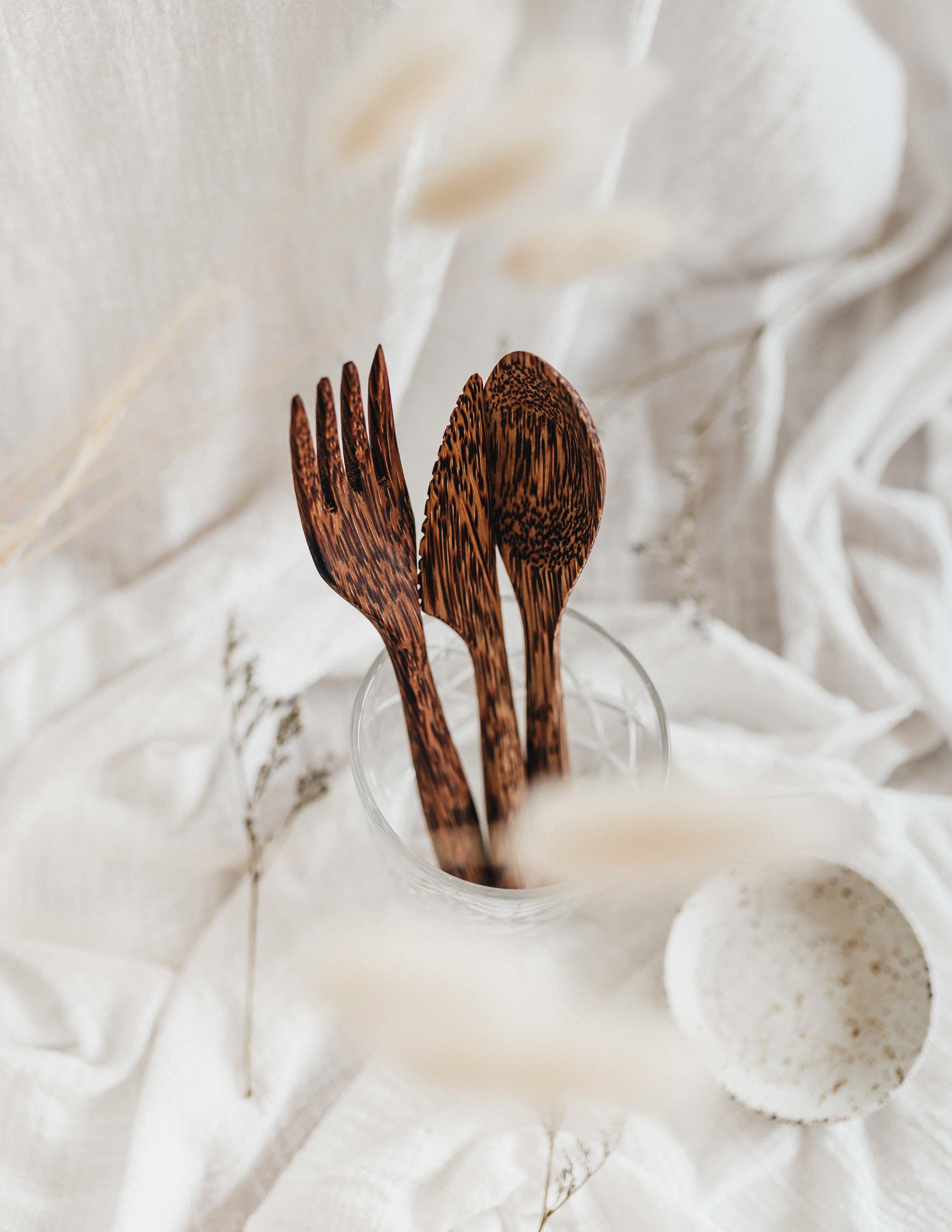 keira-mason-nowhere-and-everywhere-cutlery.jpg