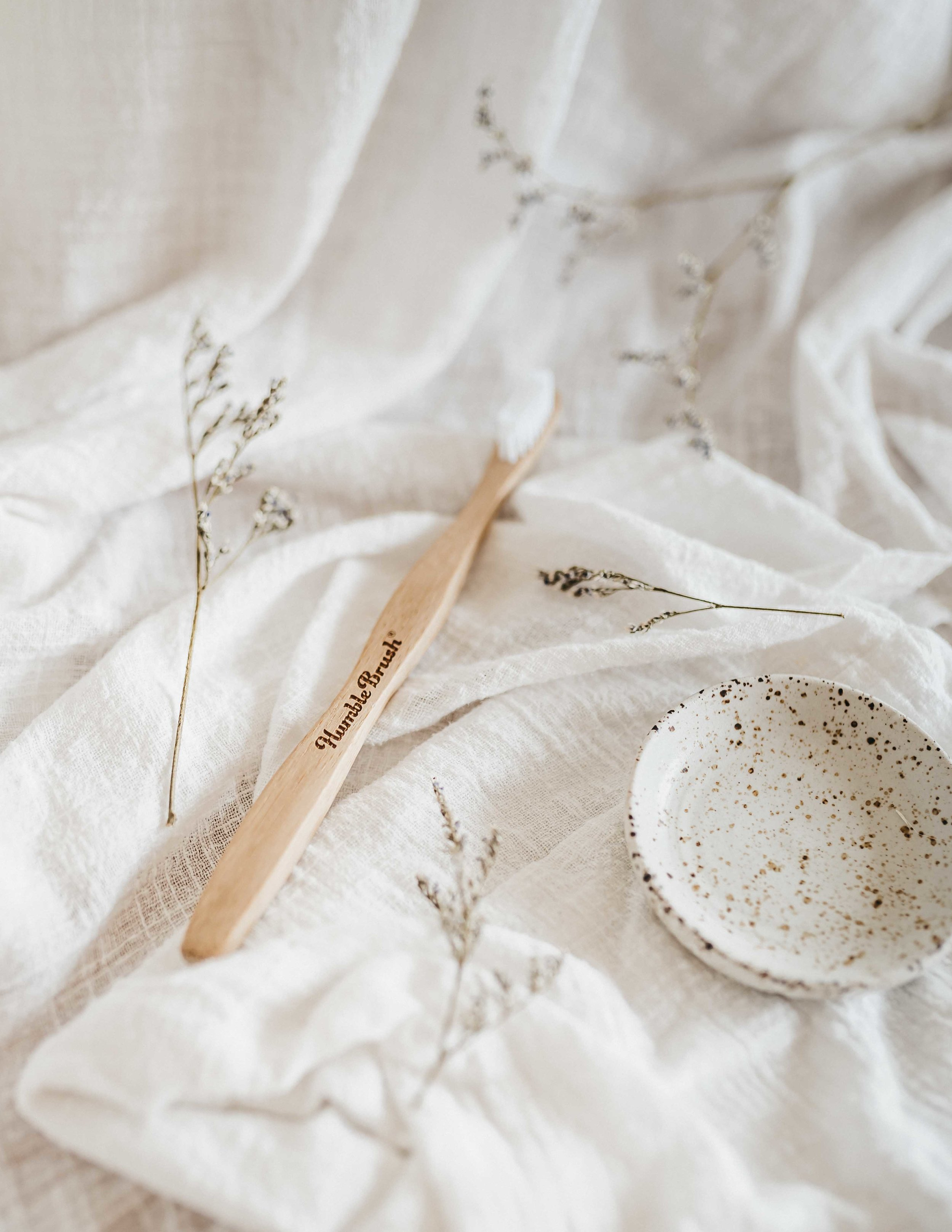keira-mason-nowhere-and-everywhere-toothbrush-bamboo.jpg
