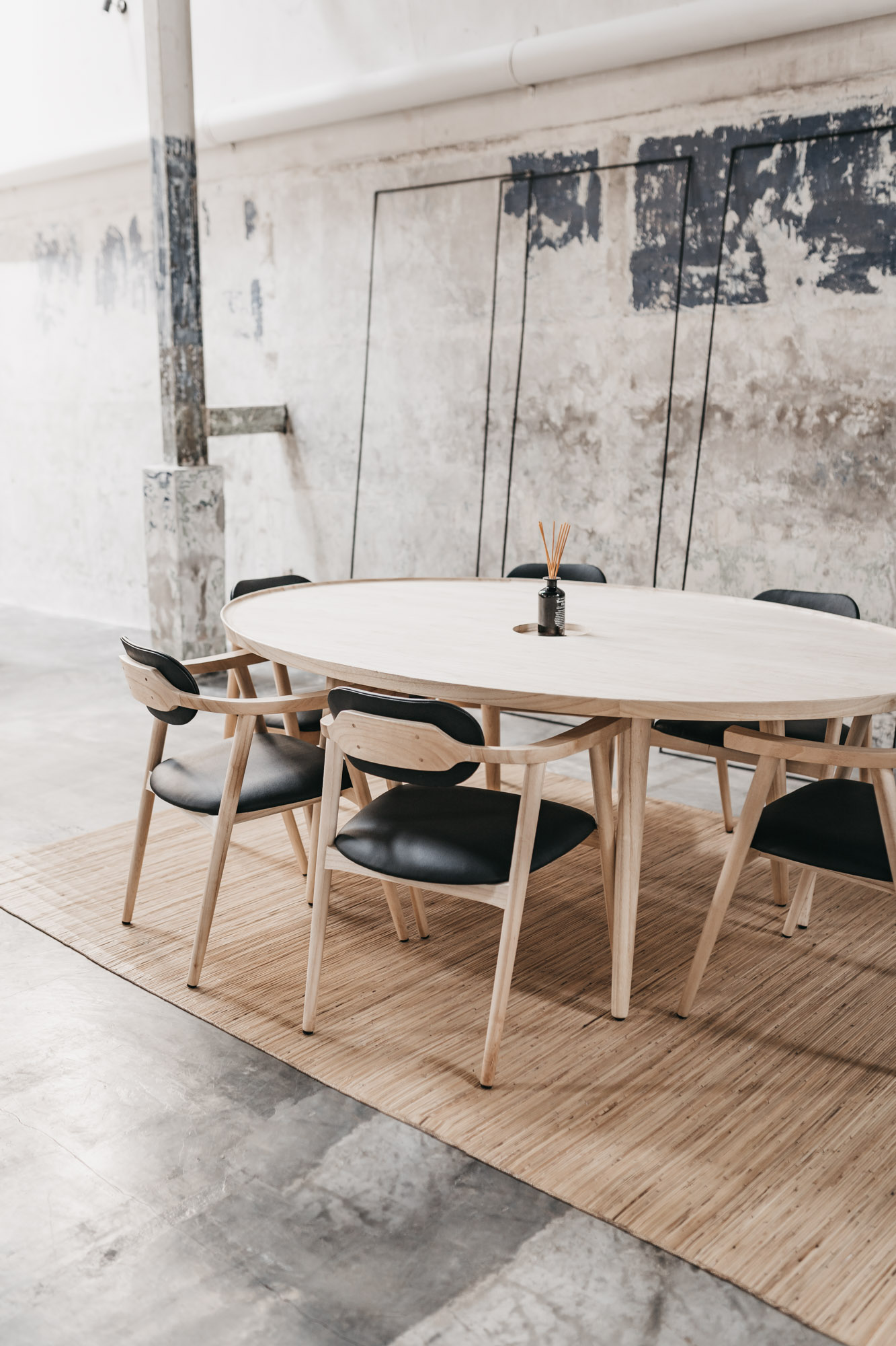 keira-mason-kinship-studio-communal-desk.jpg