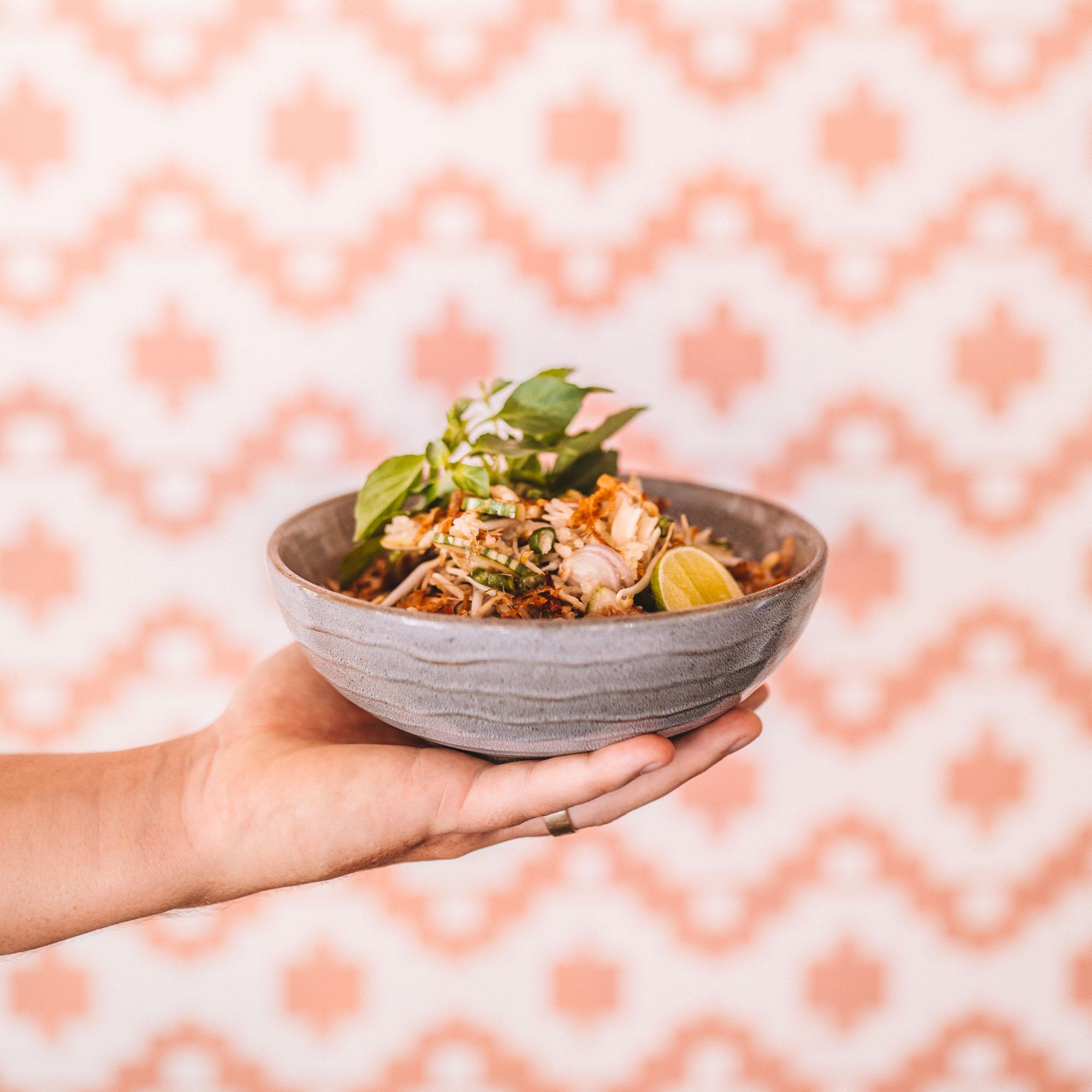 keira-mason-ulekan-holding-salad-bowl.jpg