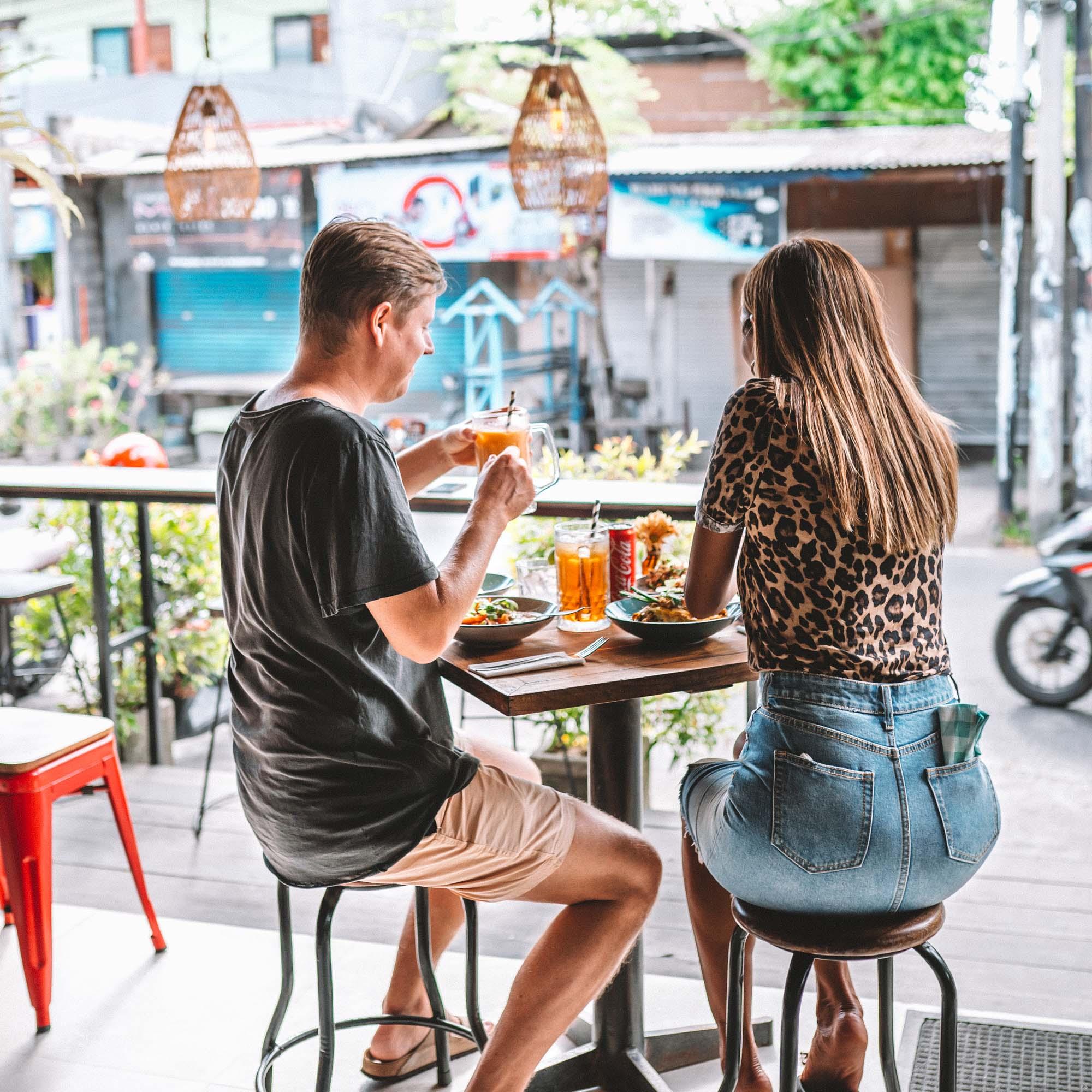 keira-mason-bangkok-hustle-people-at-cafe-table.jpg