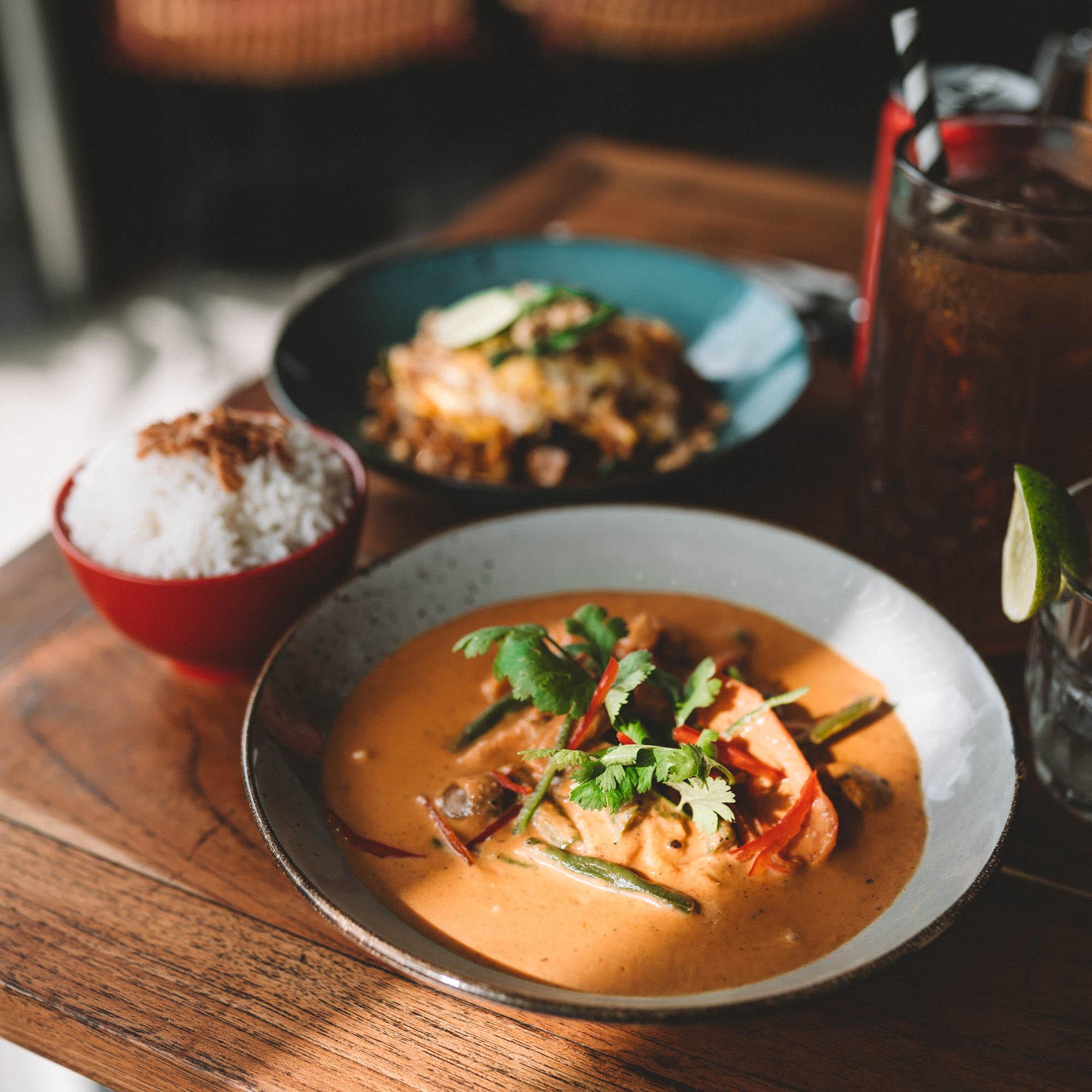 keira-mason-bangkok-hustle-red-curry.jpg