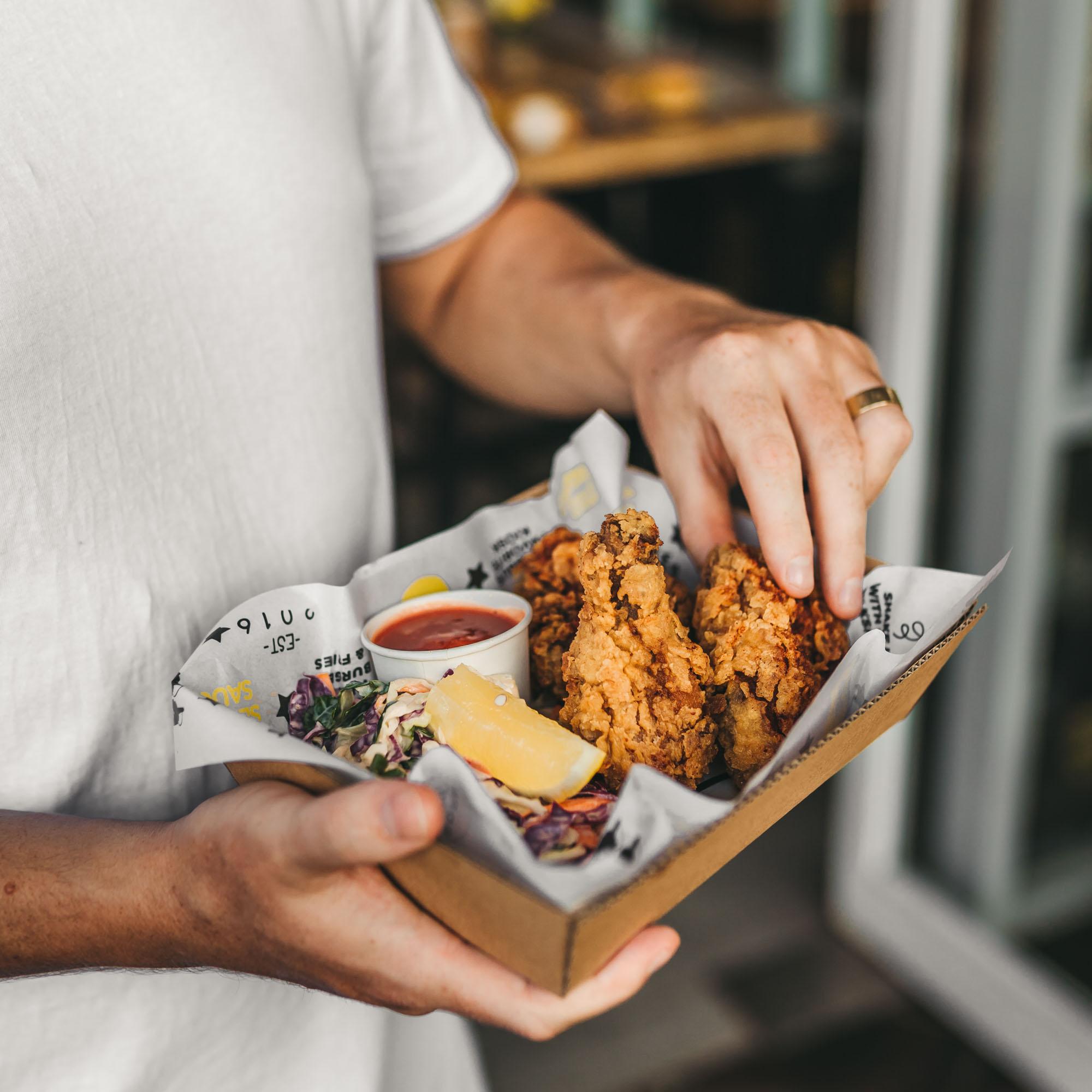 keira-mason-shmurger-burger-chicken-wings.jpg