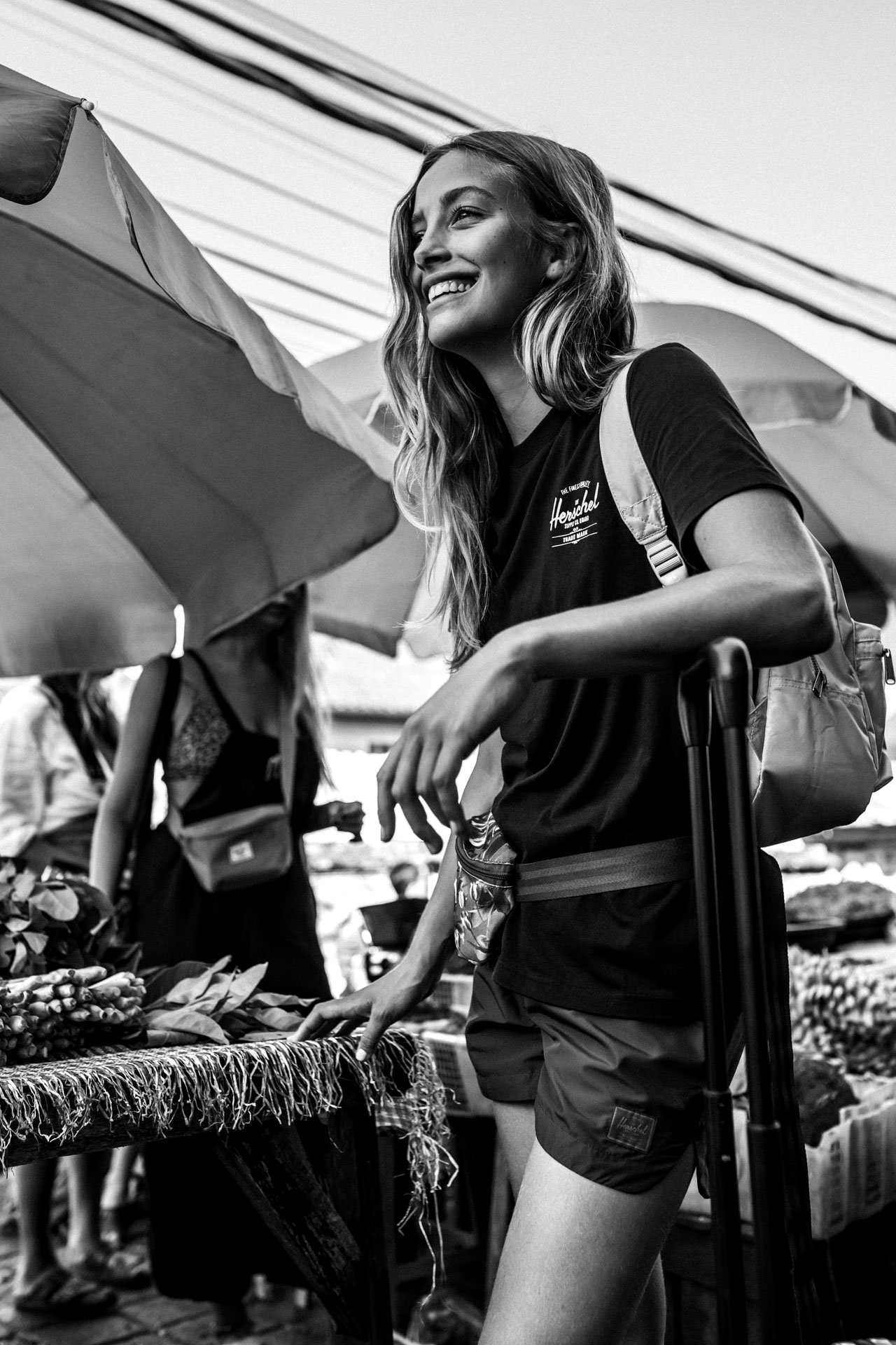 keira-mason-nordic-retreats-bali-markets-black-and-white.jpg