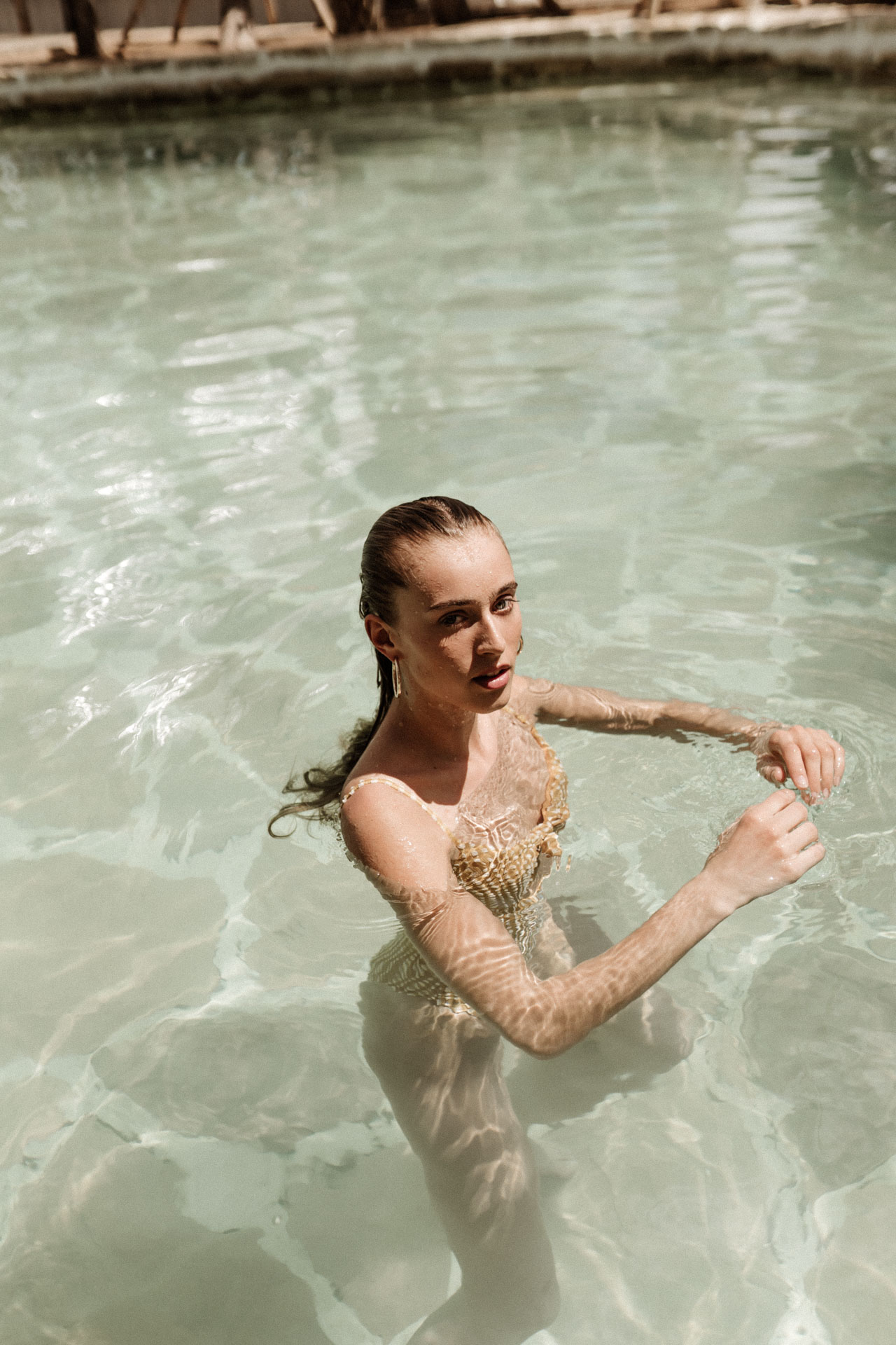 keira-mason-nordic-retreats-labrisa-in-the-pool.jpg
