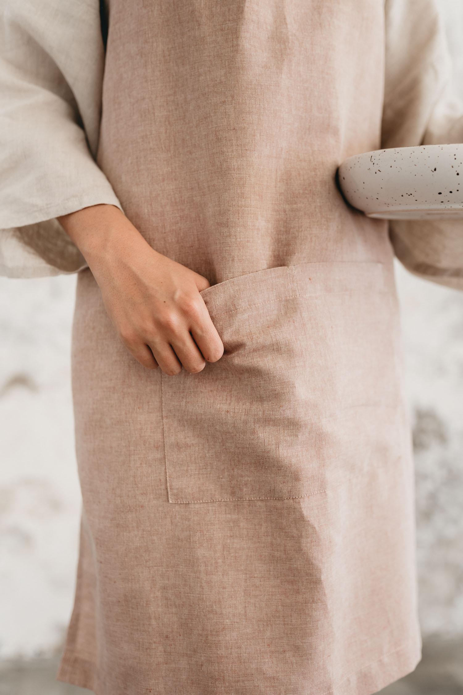 keira-mason-nowhere-and-everywhere-linne-apron-dusty.jpg