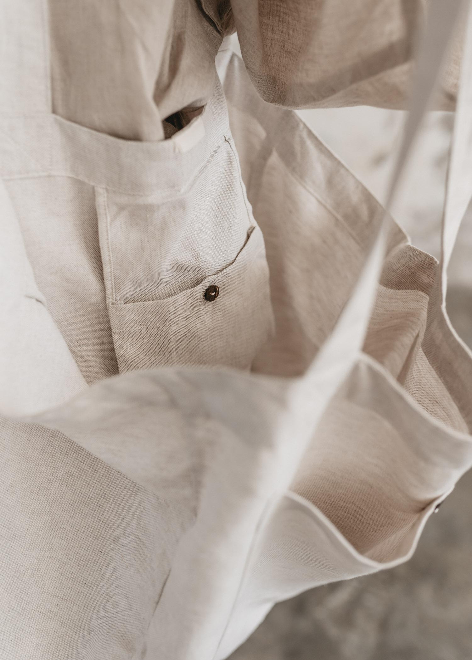 keira-mason-nowhere-and-everywhere-linen-bag-grey.jpg