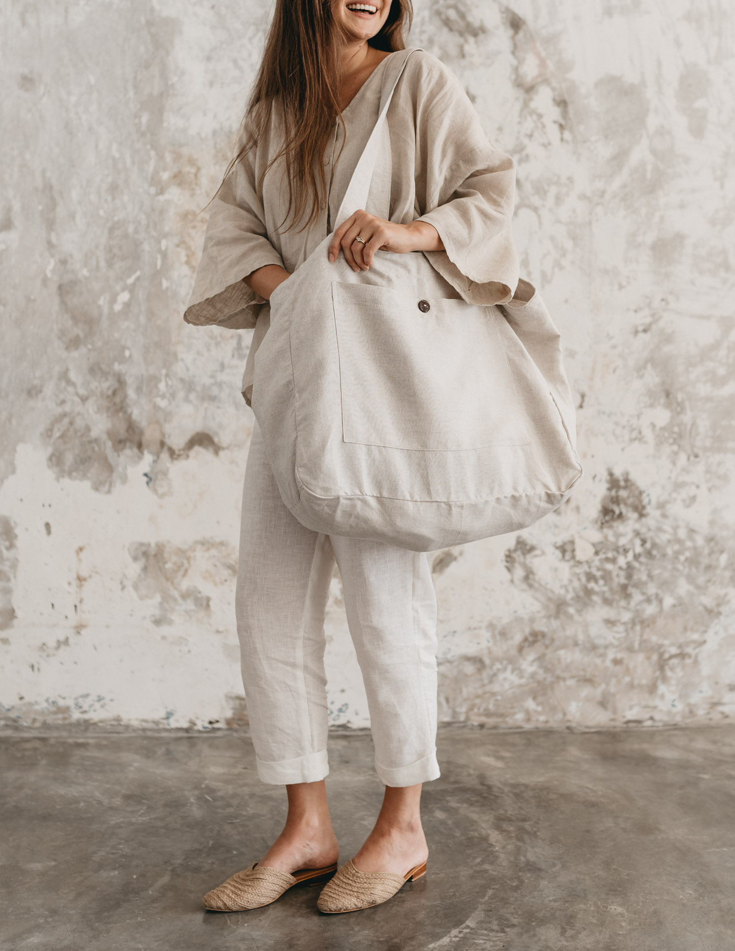 keira-mason-nowhere-and-everywhere-linen-large-bag.jpg