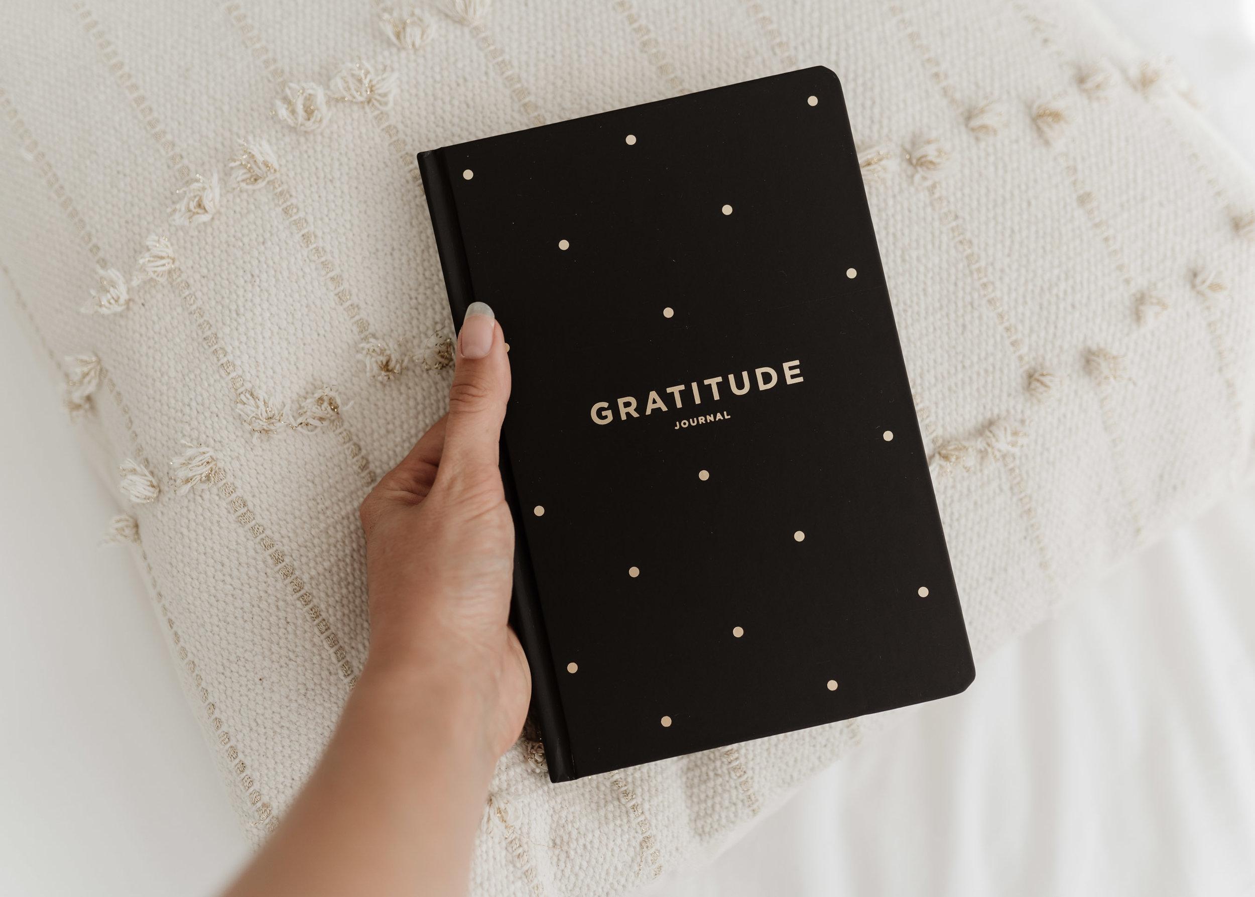 keira-mason-frank-stationery-gratitude-planner.jpg