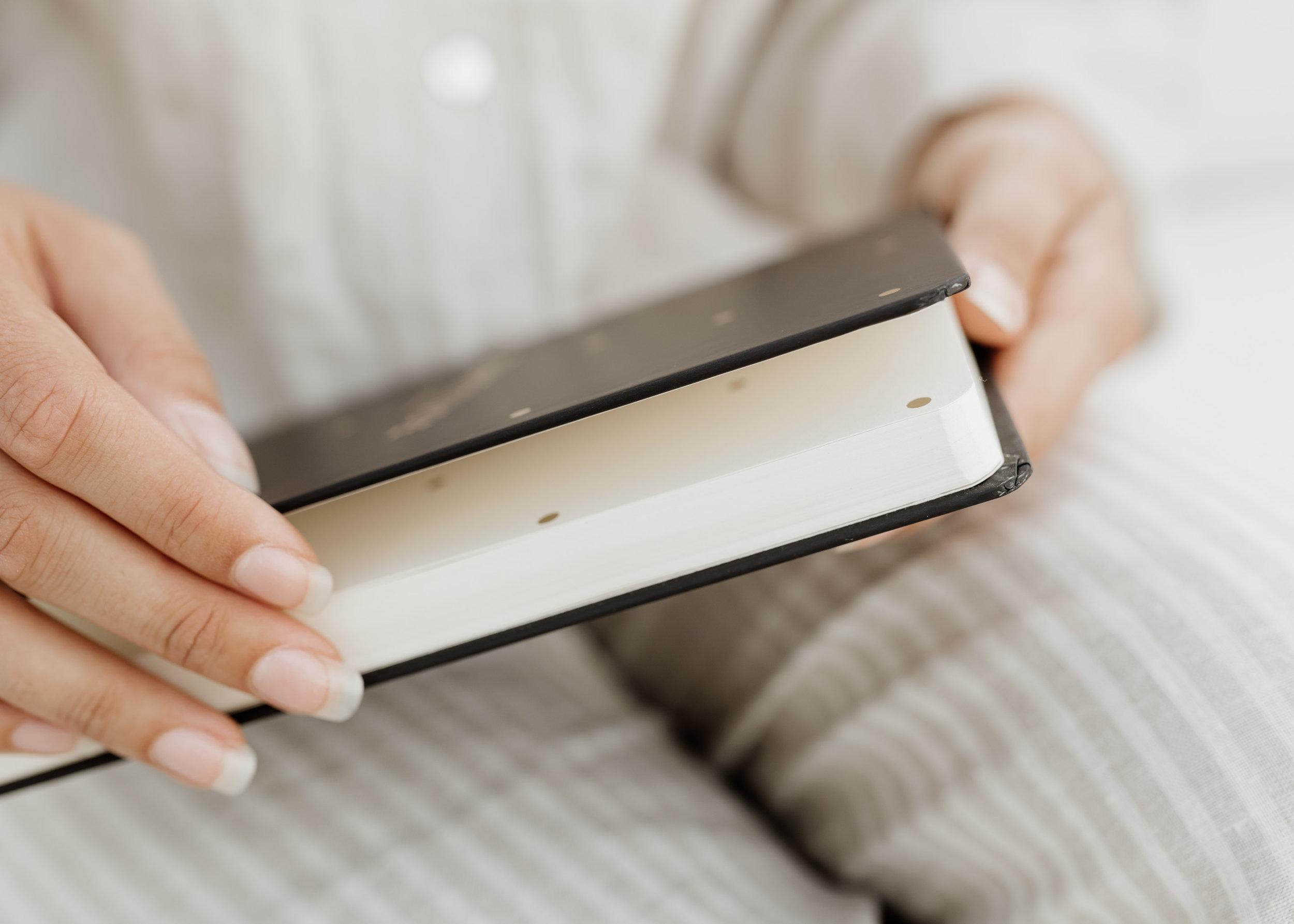 keira-mason-frank-stationery-quality-paper-diary.jpg
