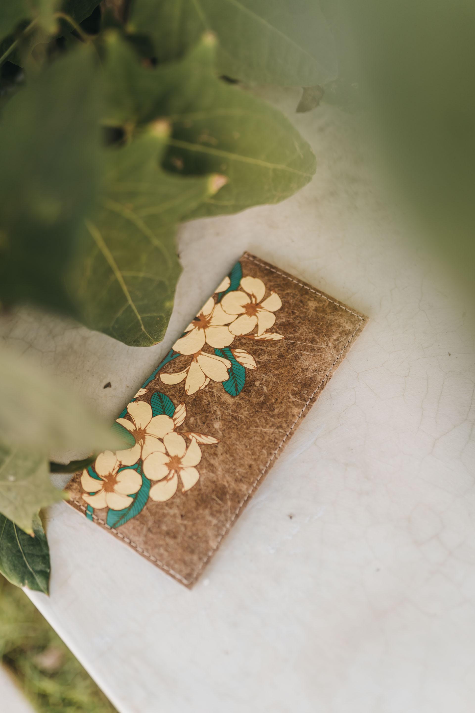 keira-mason-green-banana-paper-flower-wallet.jpg