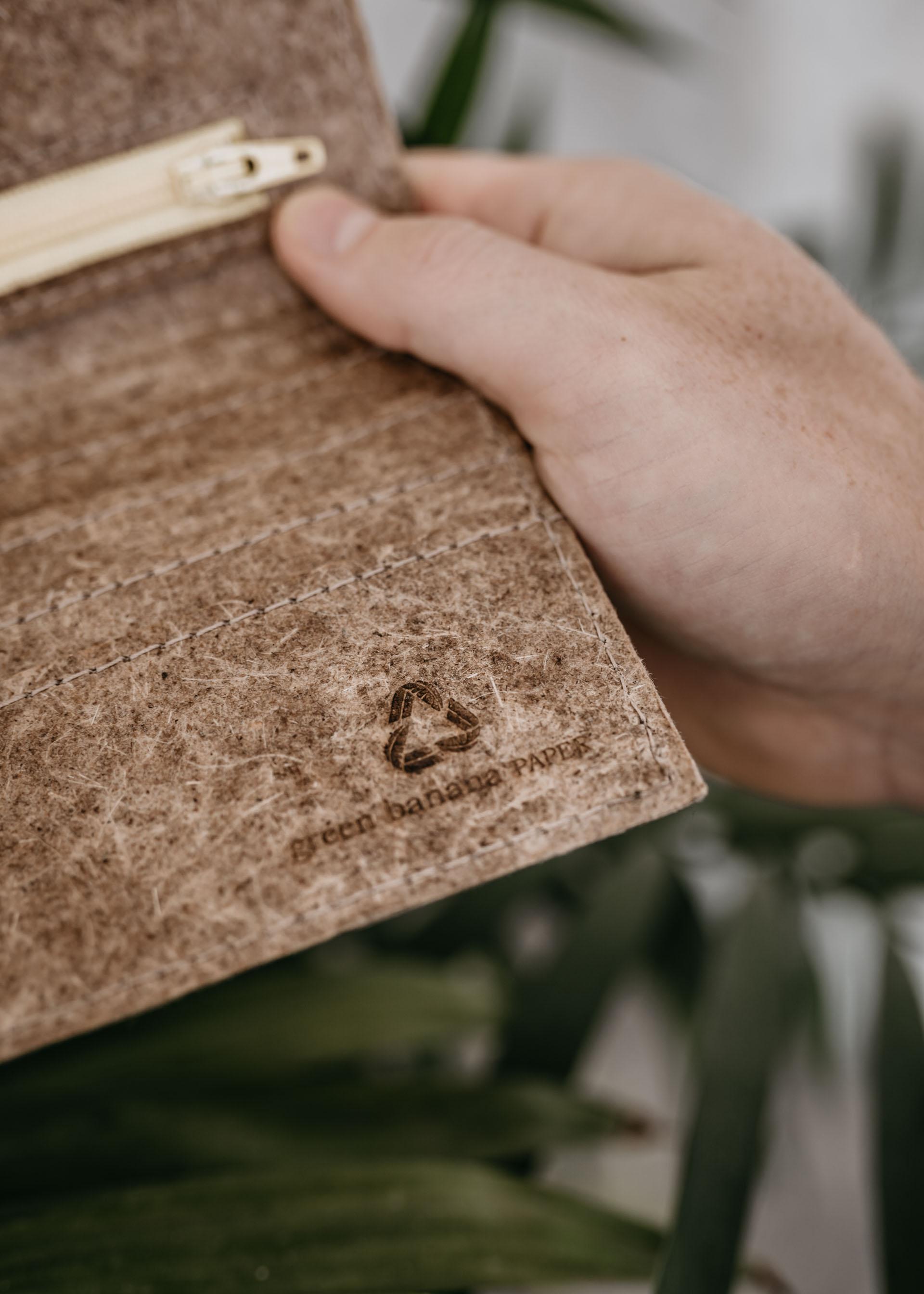 keira-mason-green-banana-paper-sustainable-wallet-logo.jpg