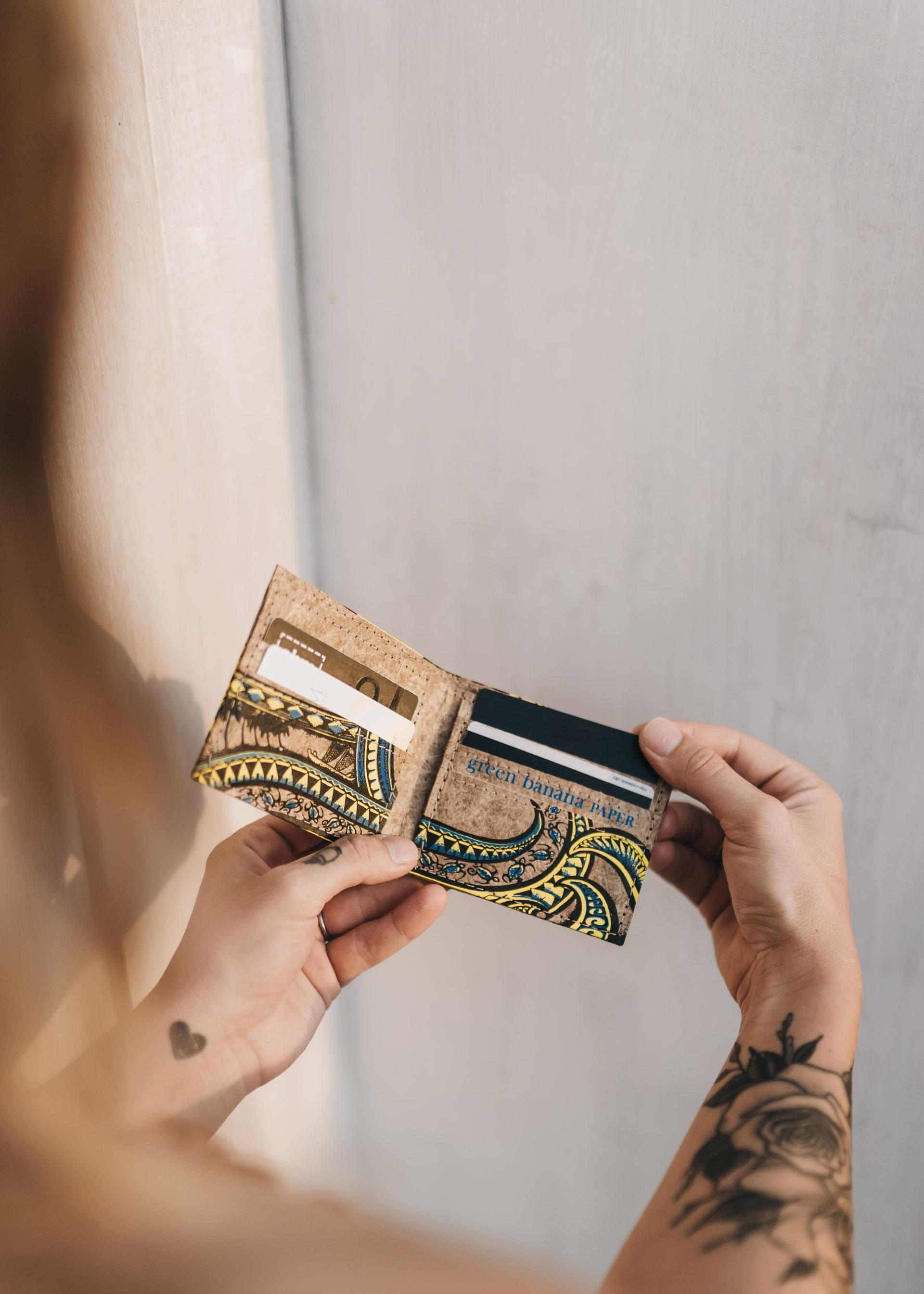 keira-mason-green-banana-paper-pattern-wallet-small.jpg
