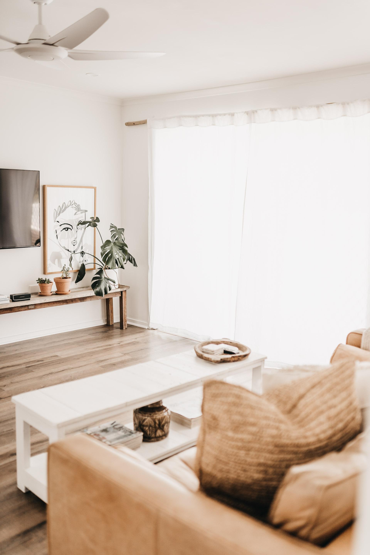 keira-mason-caba-cottage-loungeroom-open.jpg
