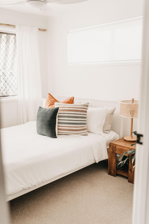 keira-mason-caba-cottage-bedroom-white-jpg.jpg