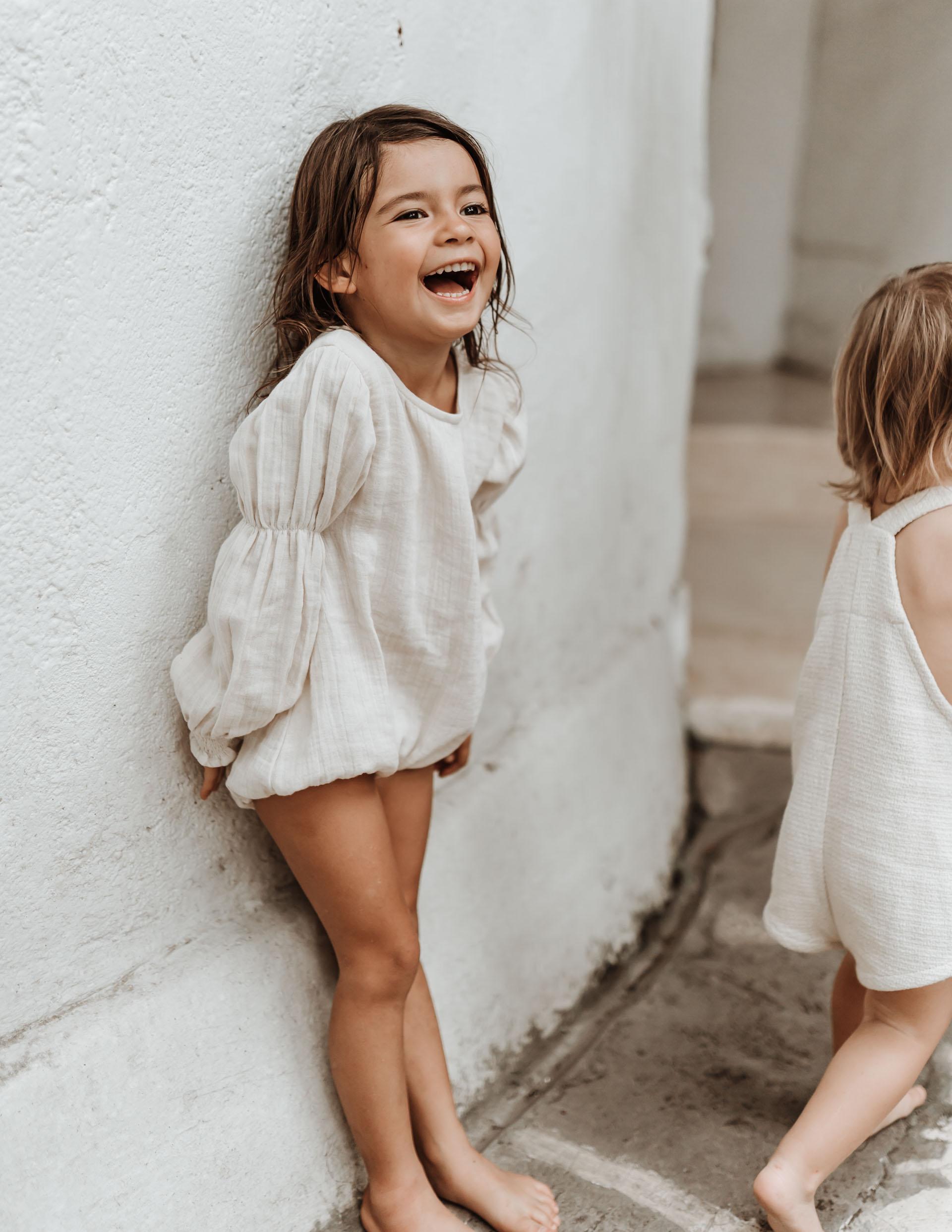 keira-mason-illoura-the-label-cute-girl-laughing.jpg
