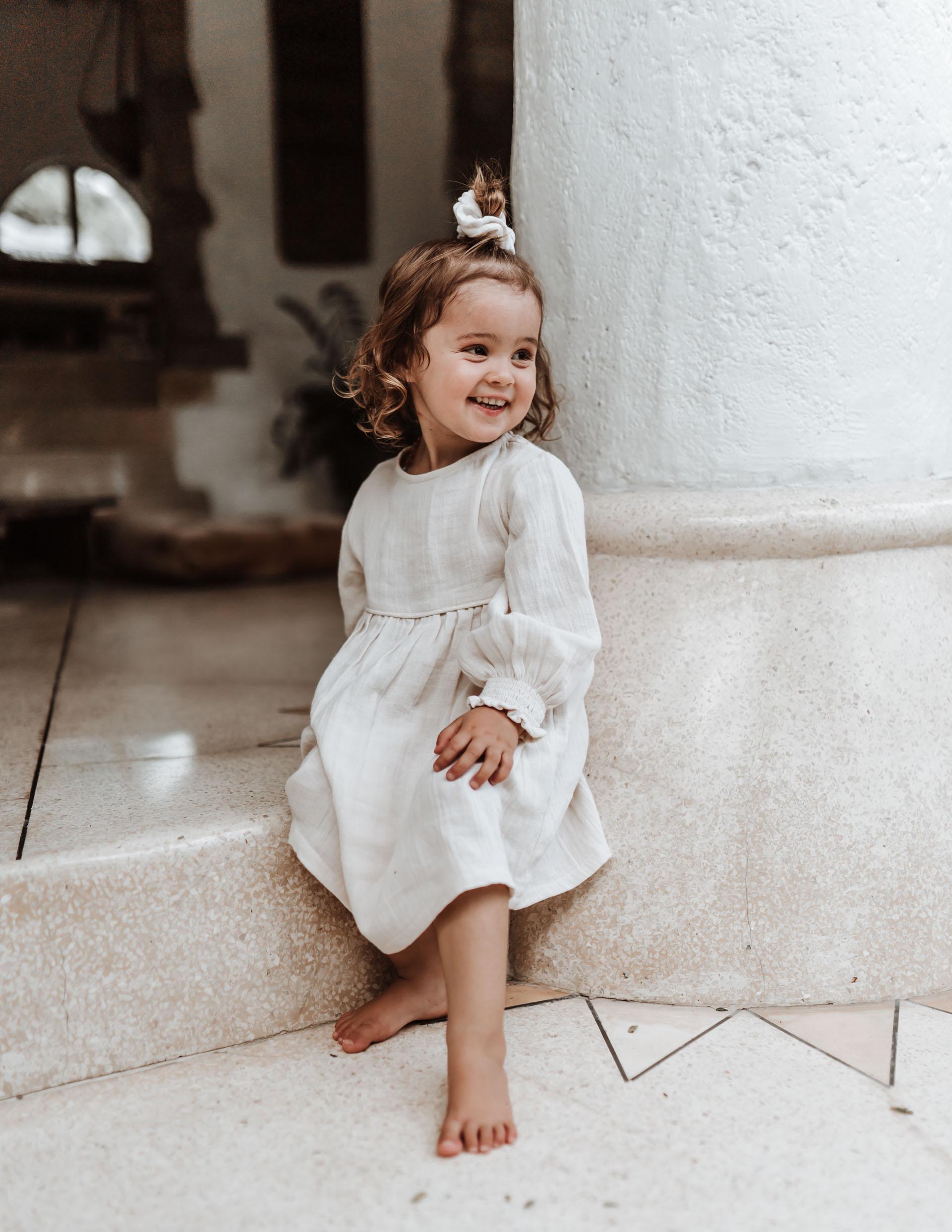 keira-mason-illoura-the-label-cute-girl-smiling.jpg